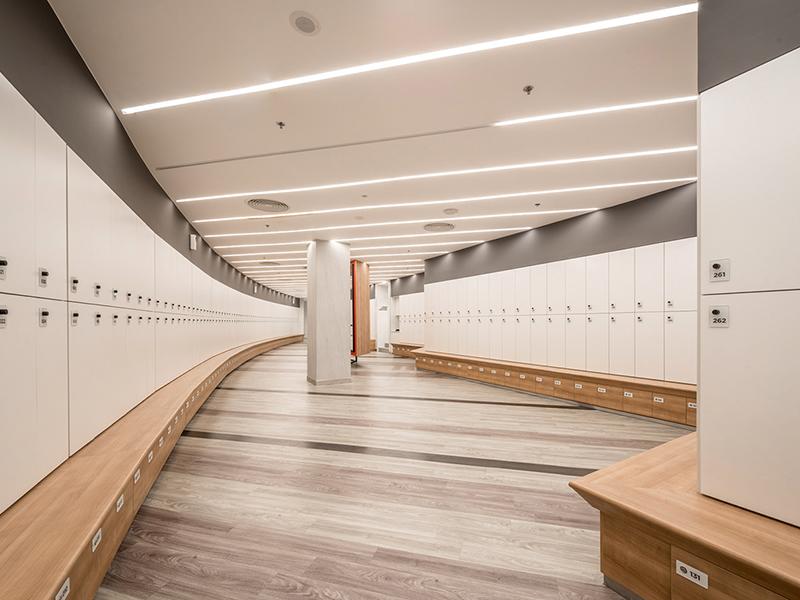 Phòng thay đồ cho học viên gym
